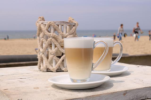 Senseo Latte Duo: Kaffeepadmaschine mit Milchtank