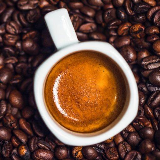 So findest Du die beste Espressomaschine für zu Hause